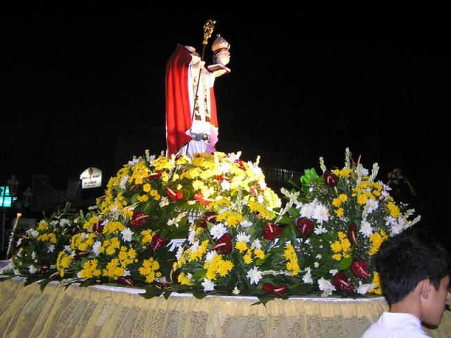 Tata Dune (Saint Dionisius) Procession